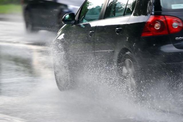 driving-rain (2)