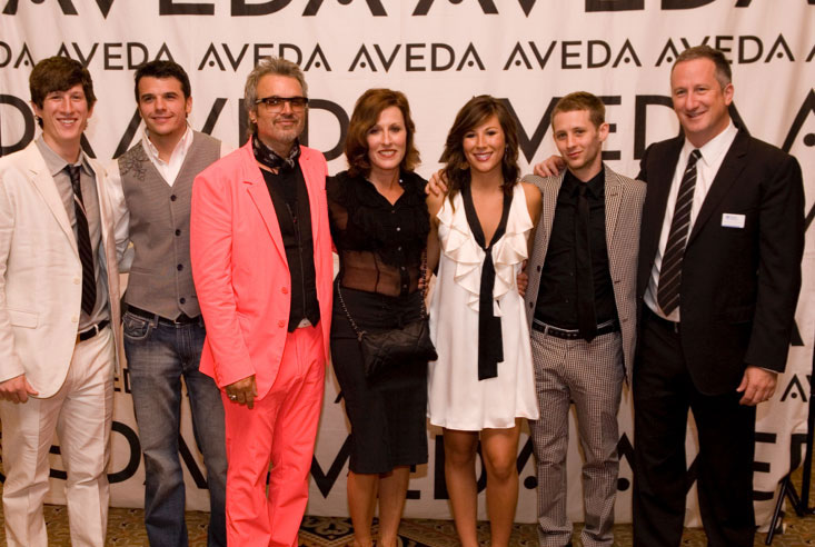 Debra (center, in black, of course) and her family at the North American Hairstyling Awards (aka the Oscars of the beauty industry). | Source: Debra Neill Baker