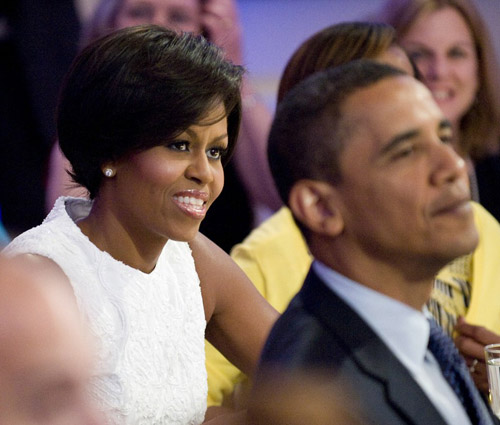 michelle-obama-short-hair-04