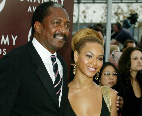 beyonce-and-matthew-knowles