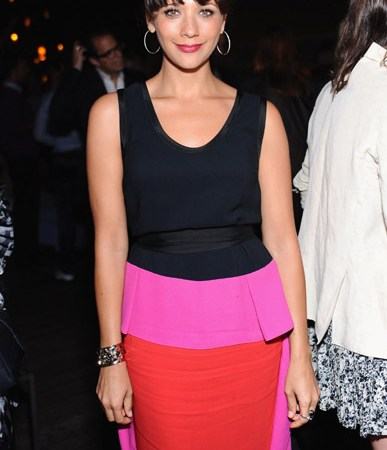 rashida jones color block dress 2011