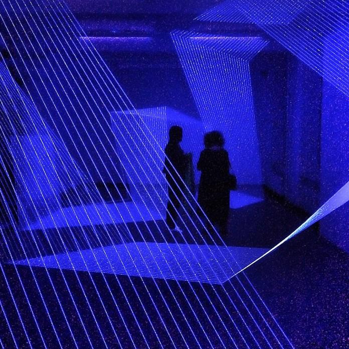 The artwork «Unterbruch» by Jeongmoon Choi at the group show «In den Raum zeichnen – umreißen» at Galerie Parterre in Berlin