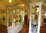 Loket porcelain inside castle