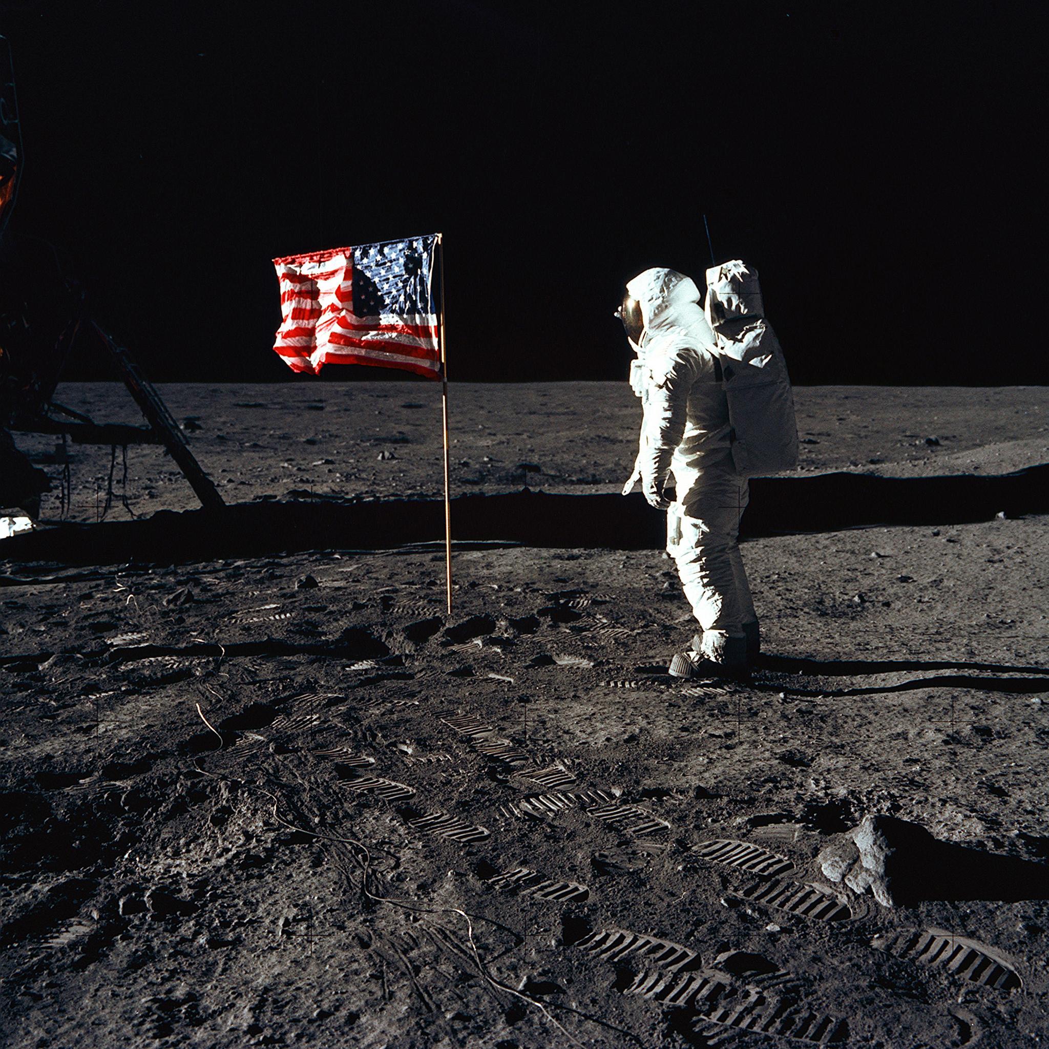 july 20 1969 astronauts - photo #12