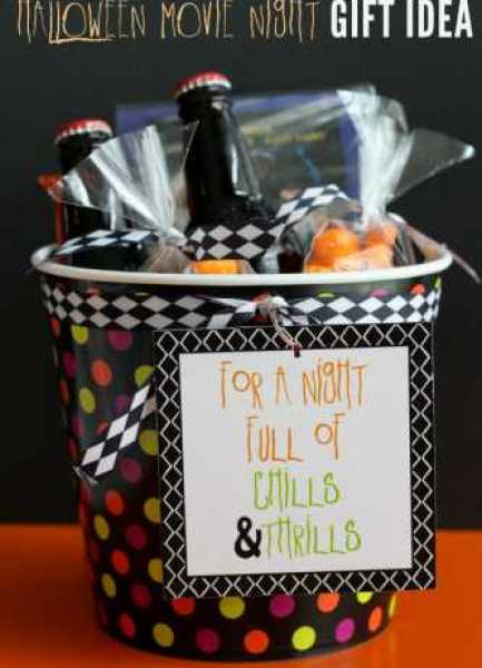 Adorable-Halloween-Movie-Night-Gift-perfect-for-date-night-lilluna.com-