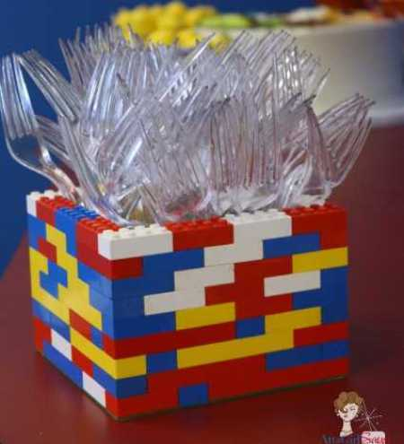lego-utensil-holder