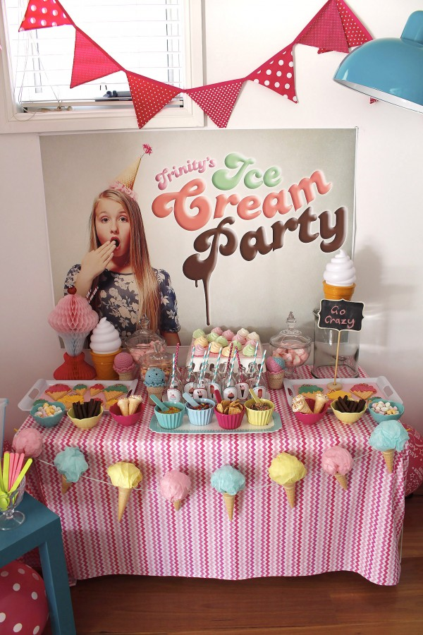 Ice-cream-party-table