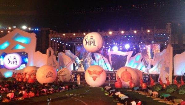 IPL_opening_ball balloons