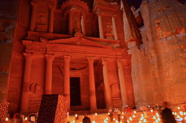 Petra is the city that remained undiscovered for centuries... and this is what Al Khazaneh looks like at night