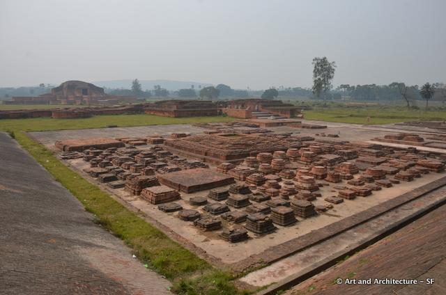 Stupas at Vajarhana