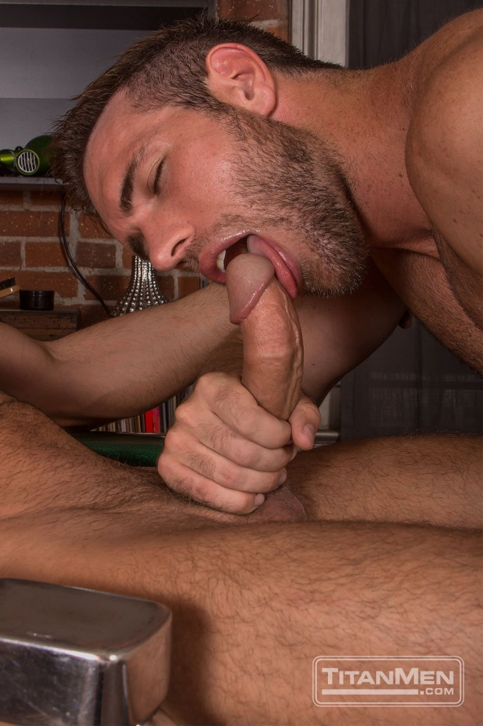 Beards: Bruce Beckham and Alex Mecum get buzzed and fuck!