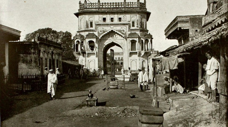gate-to-lucknow-india-about-1892