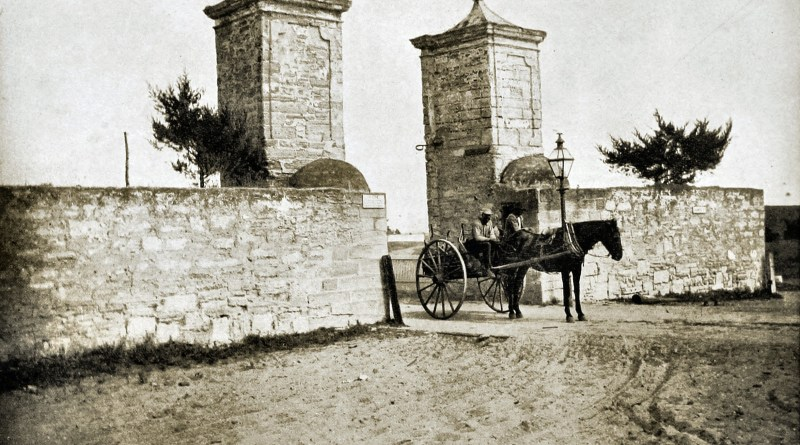 the-old-city-gate-st-augustine-florida-usa-about-1892