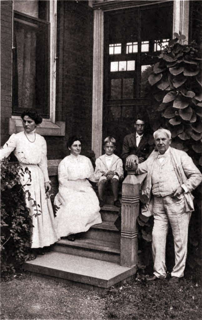 edison-and-family 1907