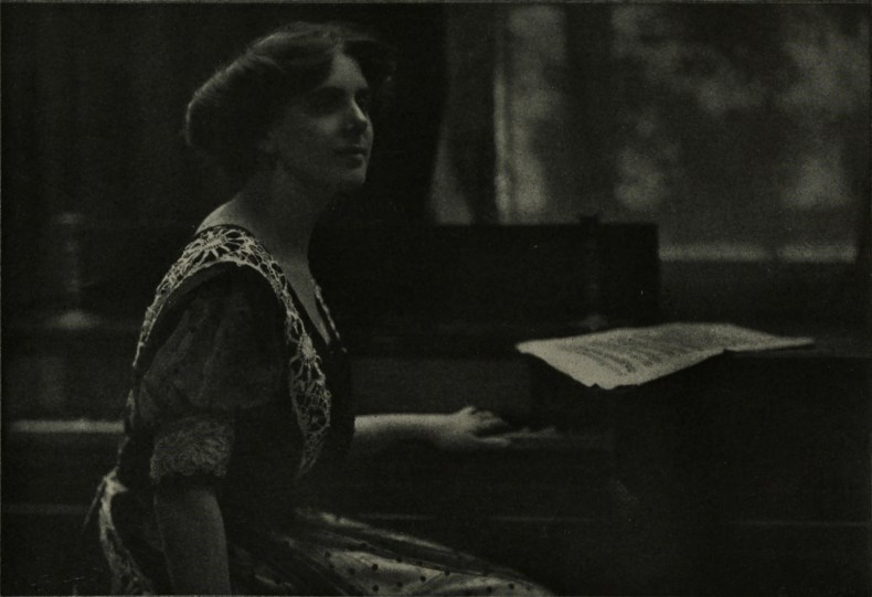 The pianist by William Crooke about 1908