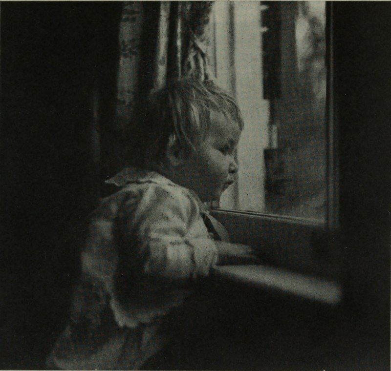 Looking for Daddy by Jeanne E. Bennett about 1908