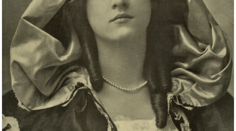 Maude Fealy in Hearts Courageous 1903