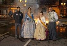El alcalde, Juan Antonio Sagredo, junto a las Falleras mayores de Paterna y el presidente de Junta Local
