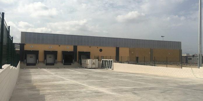 Exterior del posible centro logístico de Amazon en Paterna