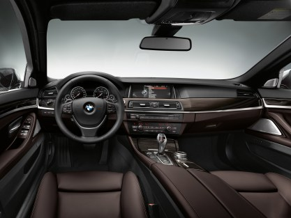 BMW_5_Series_LCI_Sedan_0004