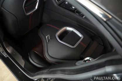 Aston-Martin-Rapide-S 6
