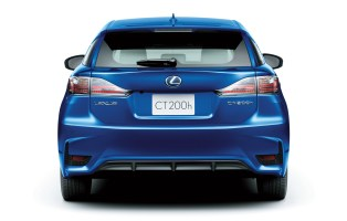 2014-Lexus-CT200h-Facelift-0001