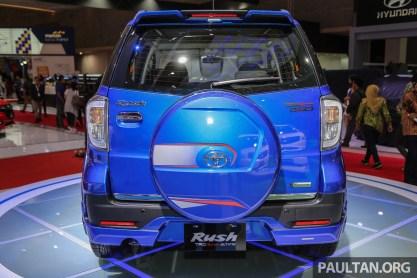 Toyota_Rush-10