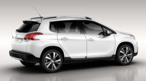 Peugeot-2008-crossover-blanc-2013_3_zps7e9409e0