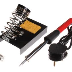 Soldering_iron_and_accessories