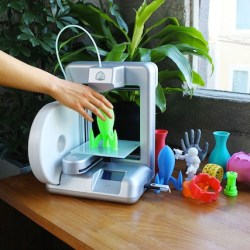 the cubify cube lifestyle 3D printer