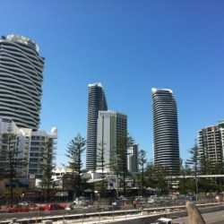 gold-coast-aparment-blocks.jpg