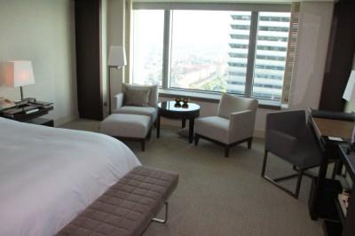 standard-room-hotel-arts-barcelona
