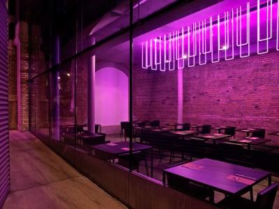 Neon Restaurant - www.mariaprietobarea.com