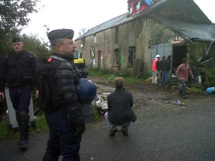 @alexandraturcat  - Opération d'expulsion d'anti aéroports de Notre Dame des Landes, 150 expulsés