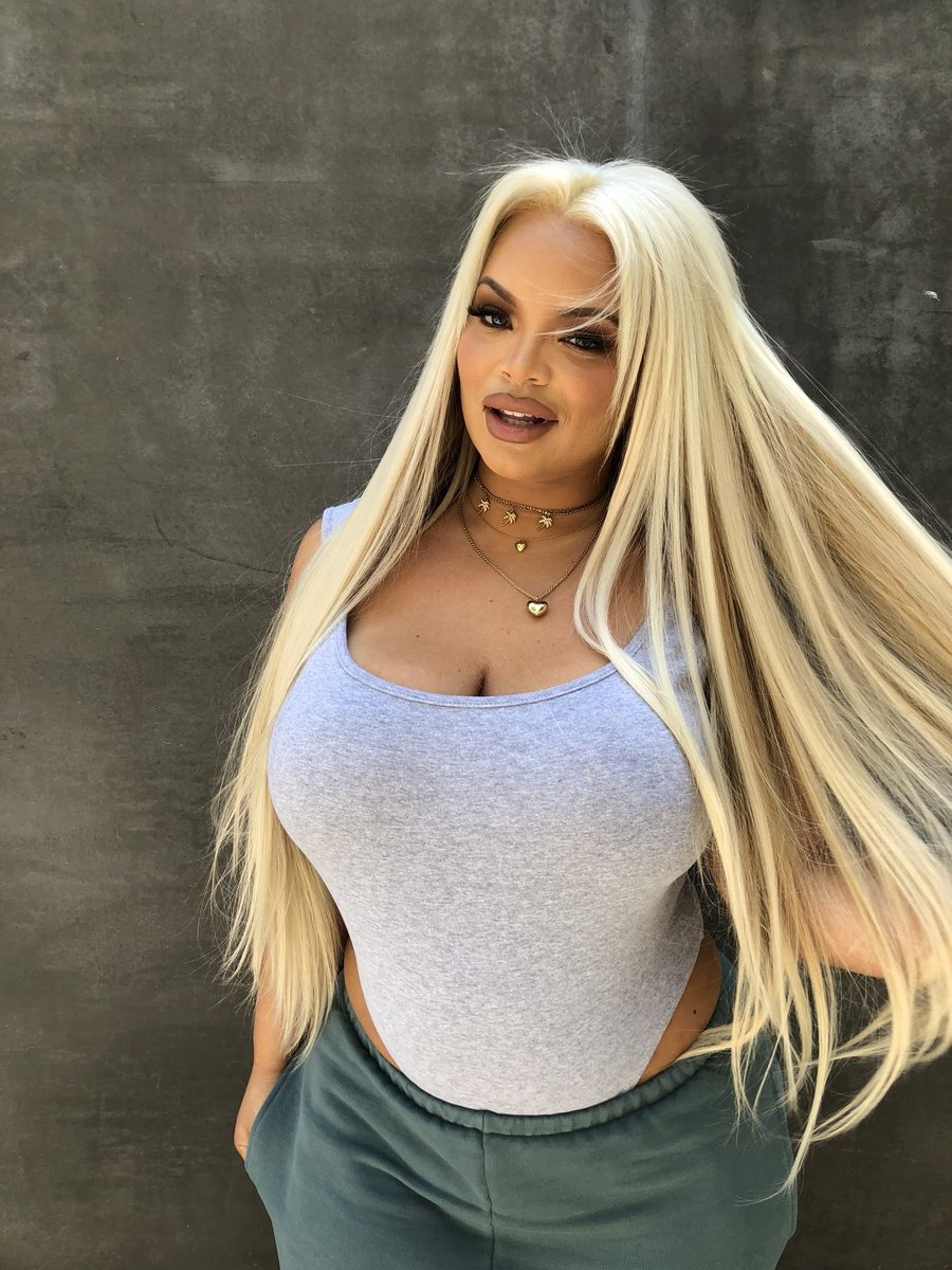 Trisha Paytas Fan on Twitter   Pictures of trisha paytas being     Trisha Paytas Fan on Twitter   Pictures of trisha paytas being gorgeous and  not fat  A thread
