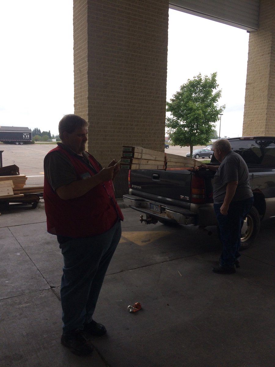 Extraordinary Gaylord Lowes Twitter Lowes Near Gaylord Mi Lowes Gaylord Mi Employment Customer Service At Its Finest At Gaylord Alan Helped This Customerfrom Start To Helped Him Pick Lumber To Loading houzz-03 Lowes Gaylord Mi