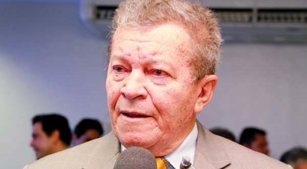 Reginaldo Pereira voltou ao cargo por poucas horas esta semana após decisão da Câmara.