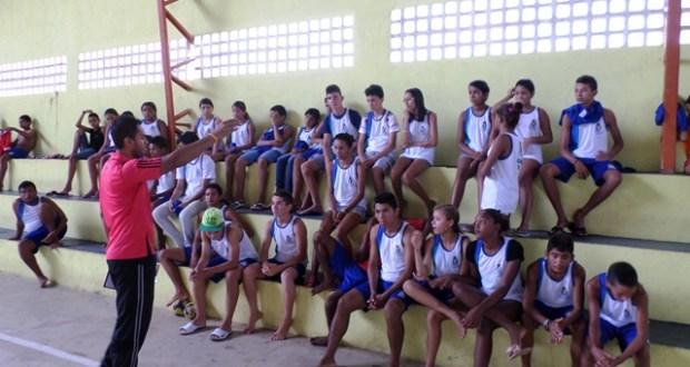 Programa conta com o apoio da gestora escolar Tatiana Lima e do Coordenador Pedagógico Aldo Mendonça