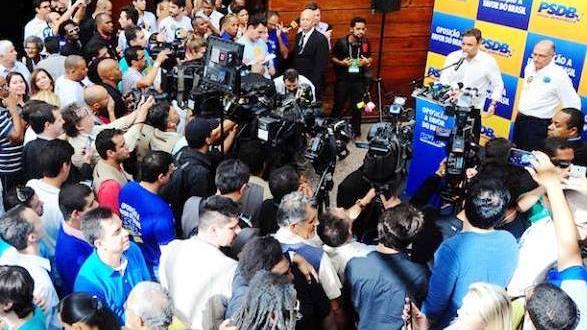 Senador Aécio Neves é reeleito para mais um mandato de dois anos na presidência nacional do PSDB. Foto: George Gianni