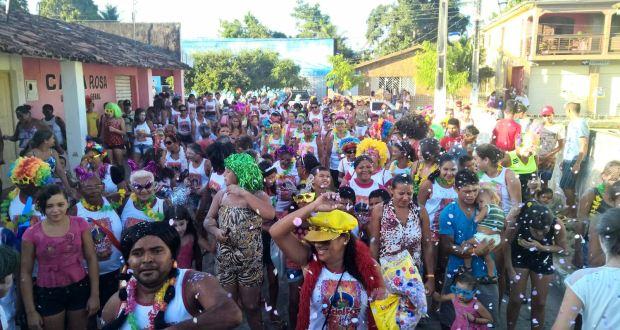 Centenas de foliões prestigiaram programação de carnaval em Marcação