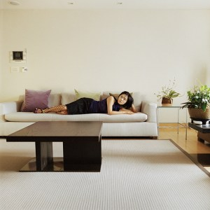 2.Hyun Gyung and the coffee table, Edition 1/5, 2007 Digital C-Print © Ok Hyun Ahn