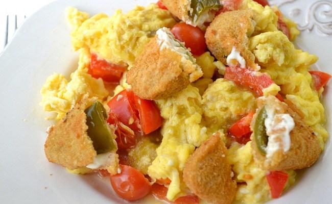 Tasty Jalapeño Breakfast Scramble