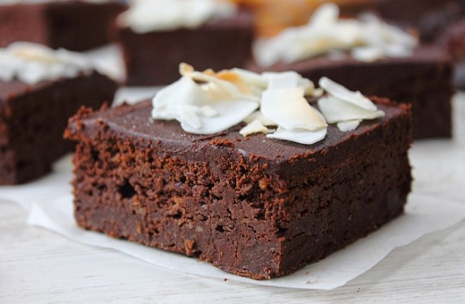 Sweet potato chocolate fudge cake (15)