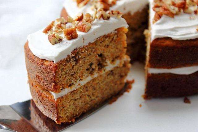 Paleo Carrot Cake Sandwich
