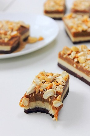Raw Snickers Layer Bars (21)