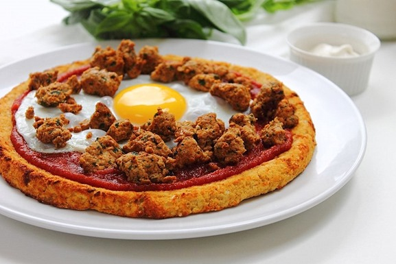 Breakfast Sausage and Egg Pizza (14)