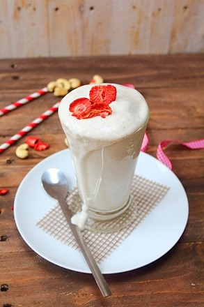 Dairy Free Vanilla Milkshakes (7)