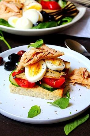 Tuna Salad Cauliflower Bread (18)