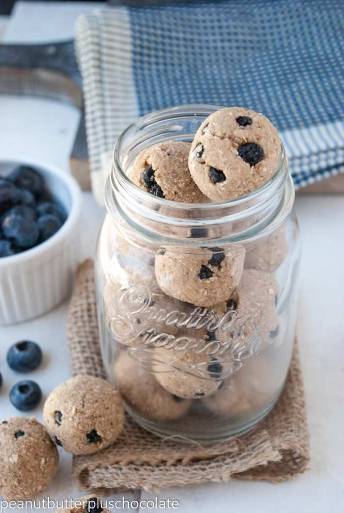 Healthy Blueberry Muffin Breakfast Bites