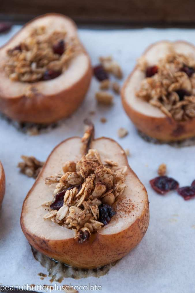 healthy-maple-oat-nut-baked-pears-with-cranberries5